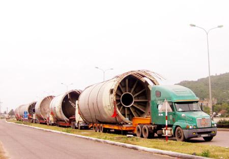 Lưu ý vận chuyển hàng siêu trường siêu trọng